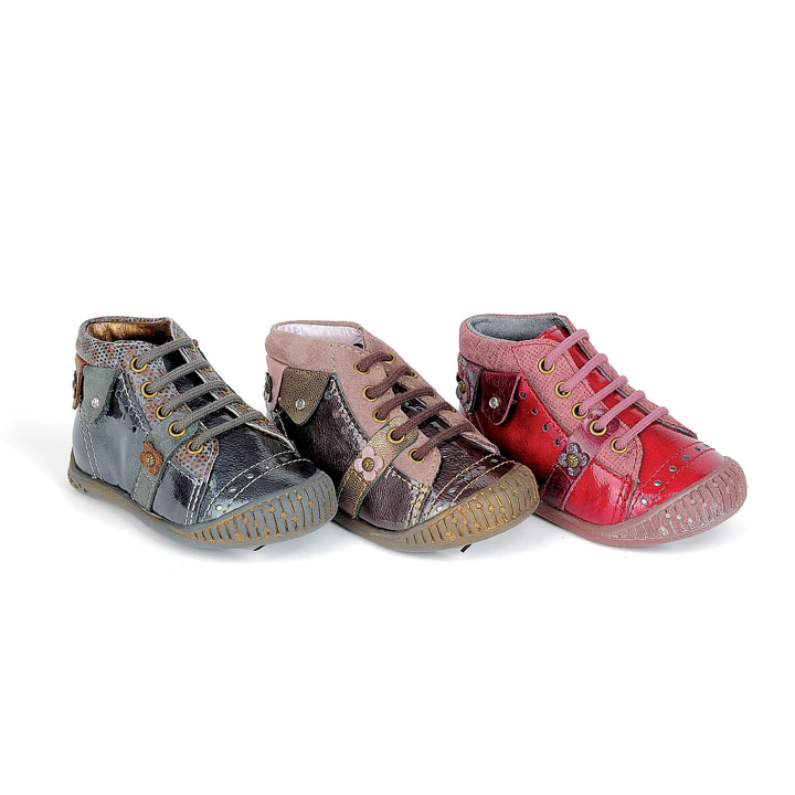 Chaussure enfant pour les filles et garçons