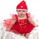 Robes pour bébé : quels motifs sont les plus à la mode ?