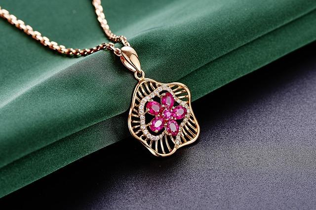 Les bijoux de mariage, des accessoires qui font la différence
