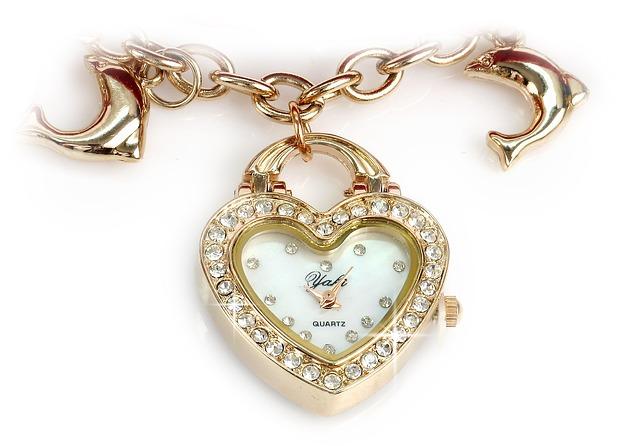 Bijoux à offrir à sa femme, les conseils des bijoutiers